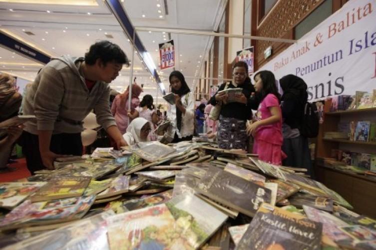 Siap-siap Berburu Buku Harga Miring saat Hardiknas