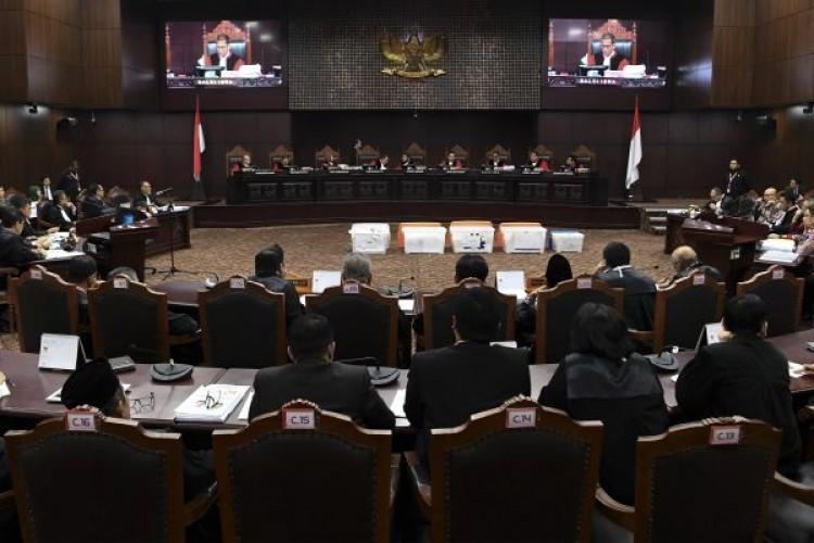 Sidang Hari Keempat Mahkamah Konstitusi Digelar Pukul 13.00