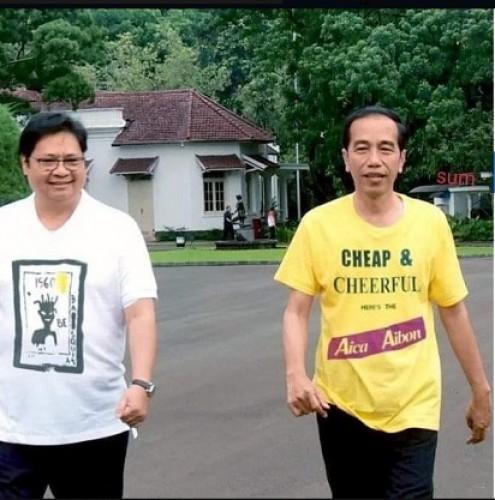 Sindir Anies, Jokowi Pakai Kaos Lem Aibon?