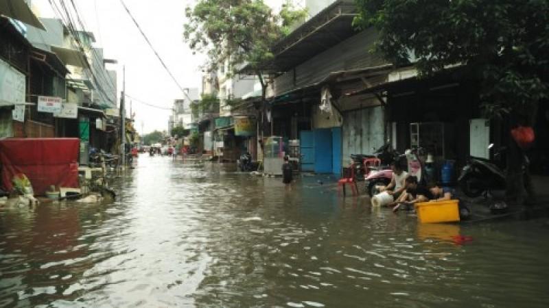 Sistem Deteksi Banjir Jakarta Bermanfaat Selamatkan Dokumen