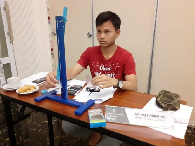 Siswa SMAN 2 Bandar Lampung Lulus Seleksi Kampus Terbaik Ketiga Asia