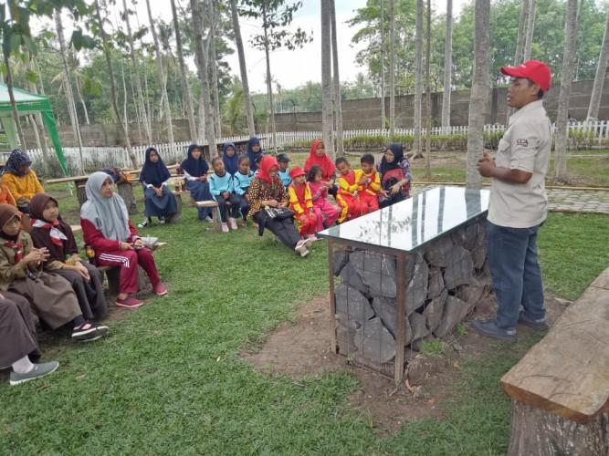 Siswa Tujuh Sekolah Belajar Menjaga Lingkungan