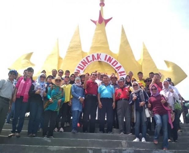 Sjachroedin Resmikan Menara Siger di Sari Ringgung