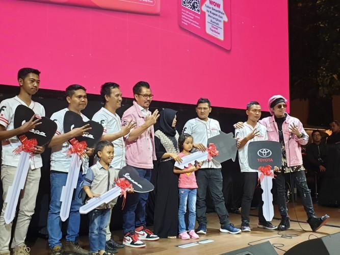 Smartfren Umumkan Pemenang WOW Tahap 3, Buruh Asal Purwakarta Dapat Rumah Mewah