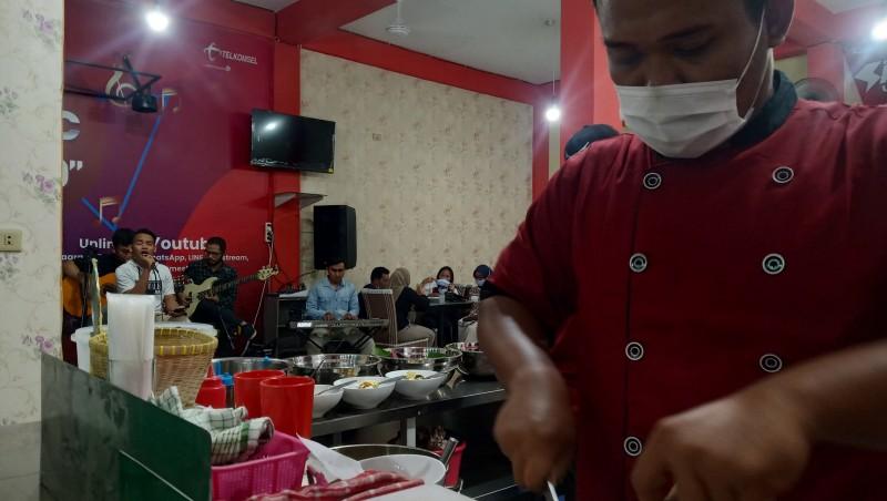 Sop Jakarta Khas Bang Rio Buka Cabang di Lampung