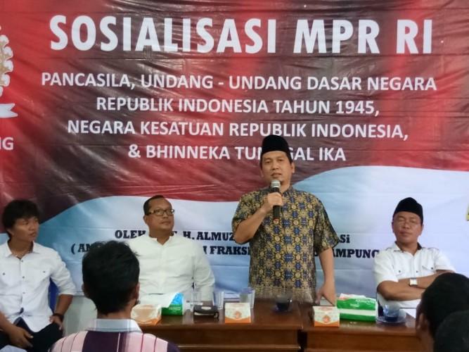 Sosialisasi 4 pilar di Pesisir Barat oleh anggota DPR/MPR-RI