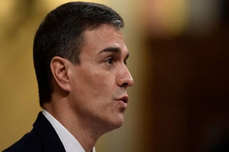 Spanyol Bersiap Hadapi Puncak Gelombang Covid-19