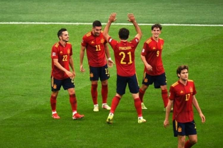 Spanyol Putus Rekor Tak Terkalahkan Italia
