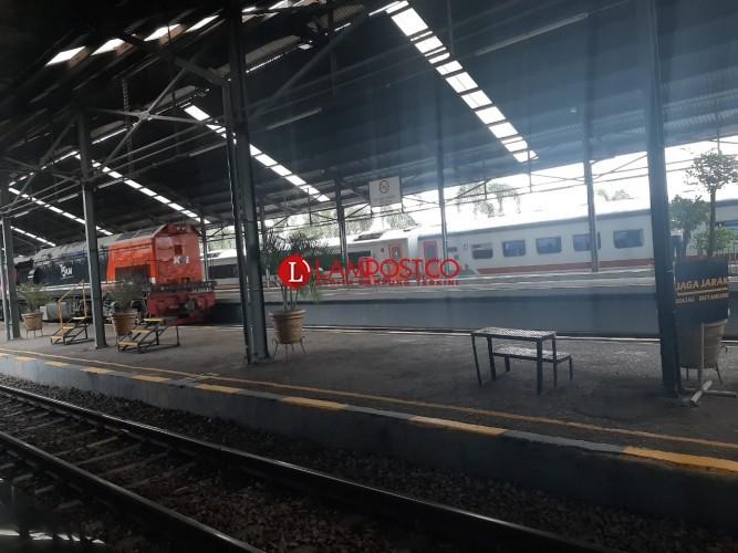 Stasiun Tanjung Karang Masih Sepi