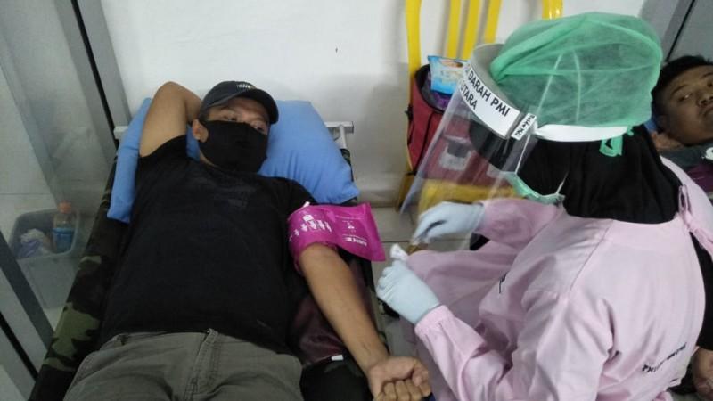 Stok Darah Menipis, PWI Lampura Adakan Donor Darah