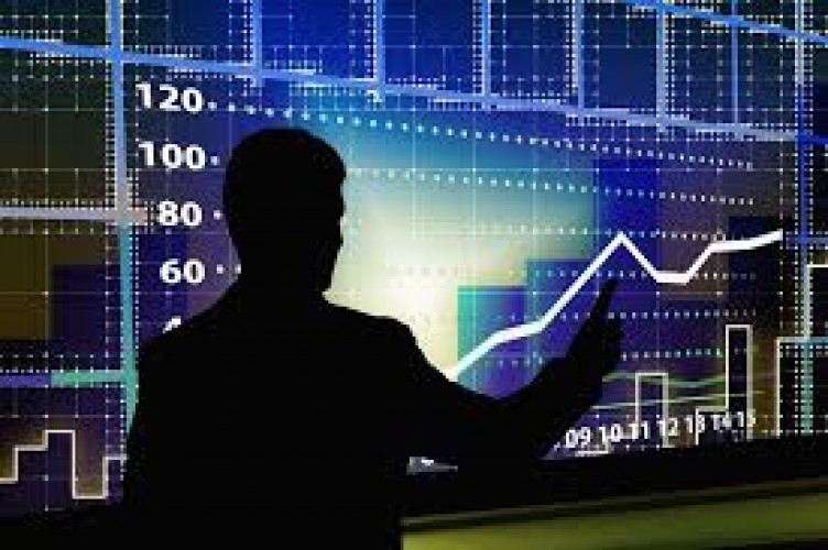 StrategiTerukur Pengendalian Covid-19 Bisa Dorong Sektor Ekonomi