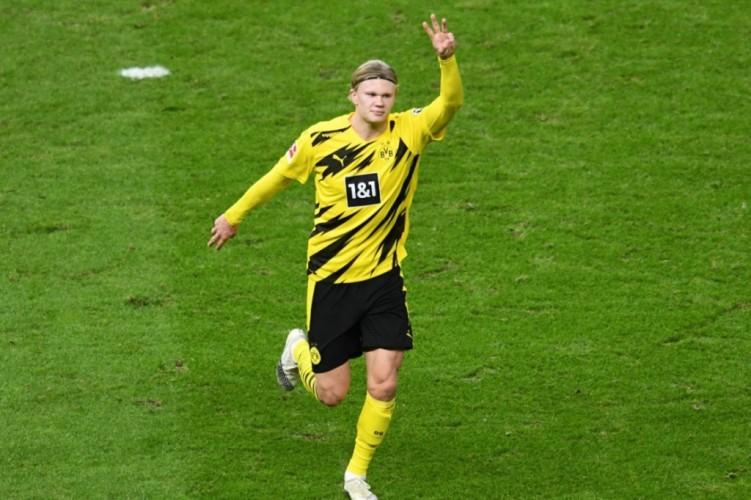 Striker Dortmund Dinilai Cocok Gantikan Aguero