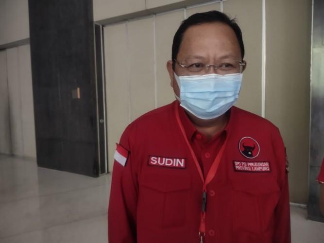 Sudin Beri Isyarat DPD Dukung Capres Lewat Gambar Bertebaran