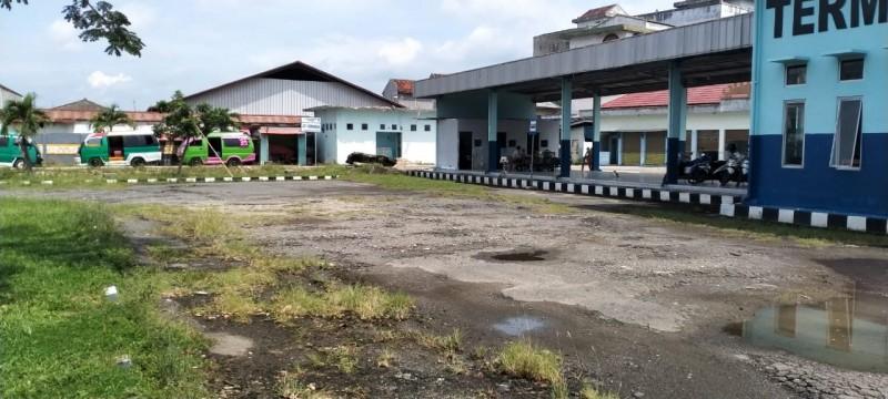 Sumbang PAD Rp676 Juta, Terminal Gadingrejo Tetap Tak Terurus