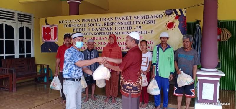 Sungai Budi Group Bagikan Sembako untuk Masyarakat