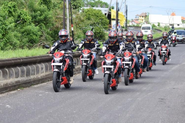 Suzuki GSX150 Bandit Jajal Jalanan Pulau Bali