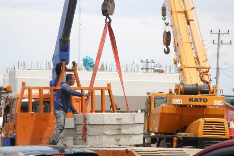 Tahap Pembangunan Flyover Sultan Agung Sudah 45%'