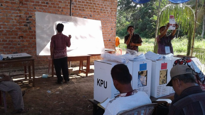 Tak Ada C1-Plano, Hitung Suara Pemilu di TPS 98 Tanjung Harapan Ditulis di Karton