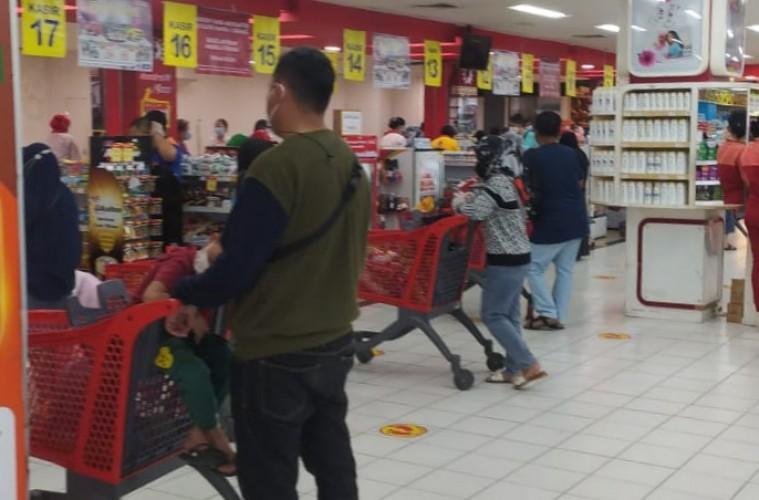 Tak Ada <i>Panic Buying</i> di Bandar Lampung