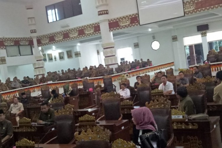 Tak Kuorum, Sidang LKPJ Wali Kota Dijadwal Ulang