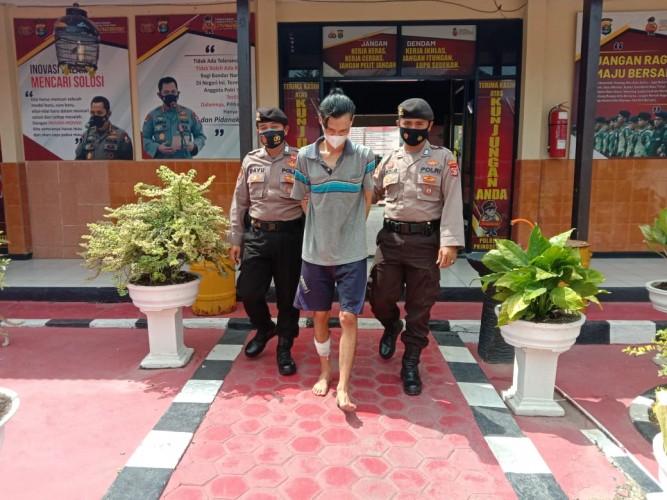 Pencuri Handphone di Pringsewu Ditembak