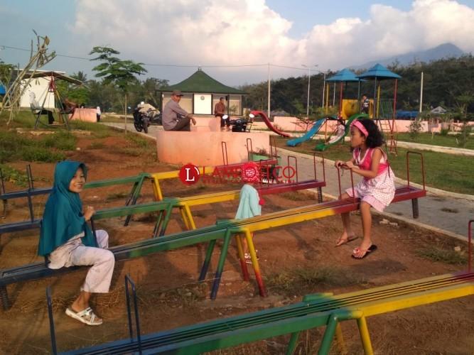Taman Sidototo Jadi Lokasi Favorit Ngabuburit Warga Pesawaran