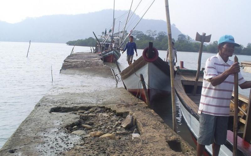 Tangkapan Ikan Nelayan Pesisir Timur Melimpah di Tengah Angin Kencang