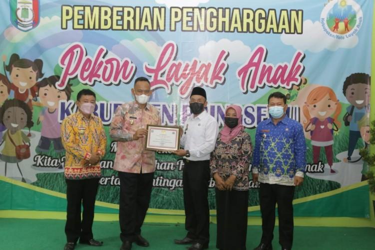 Tanjunganom Raih Penghargaan Pekon Layak Anak di Pringsewu
