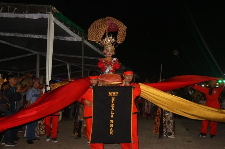 Tarian Khas Lambar dari MPP Meriahkan Lampung Fair