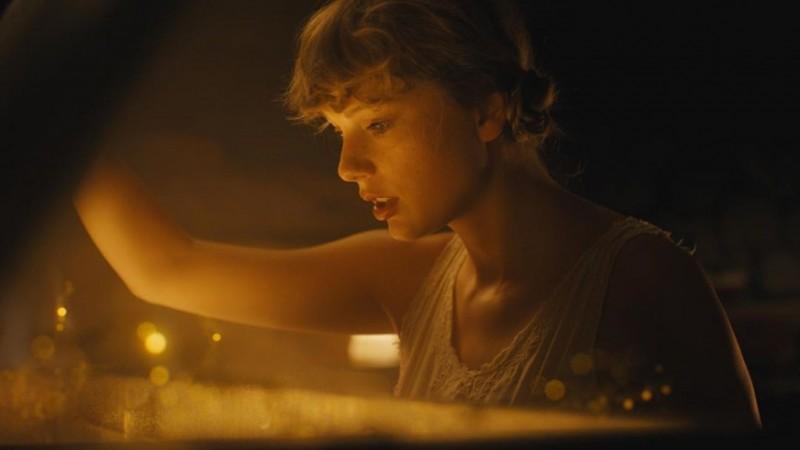 Taylor Swift Rilis Album Baru di Tengah Pandemi