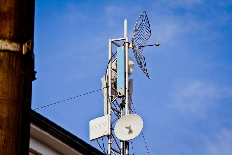 Telkomsel Metro Bantah Ketidakabsahan IMB Menara BTS di Imopuro
