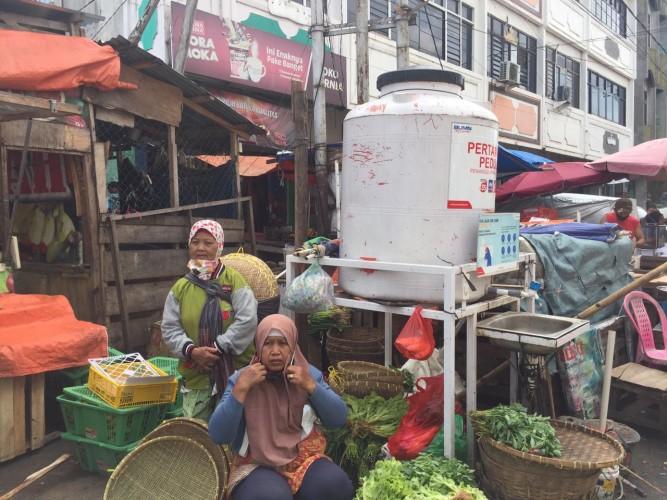Tempat Cuci Tangan di Pasar Bambu Kuning Tak Ada Air