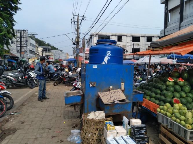 Tempat Cuci Tangan di Pasar Tugu Berbulan-bulan Dibiarkan Kering