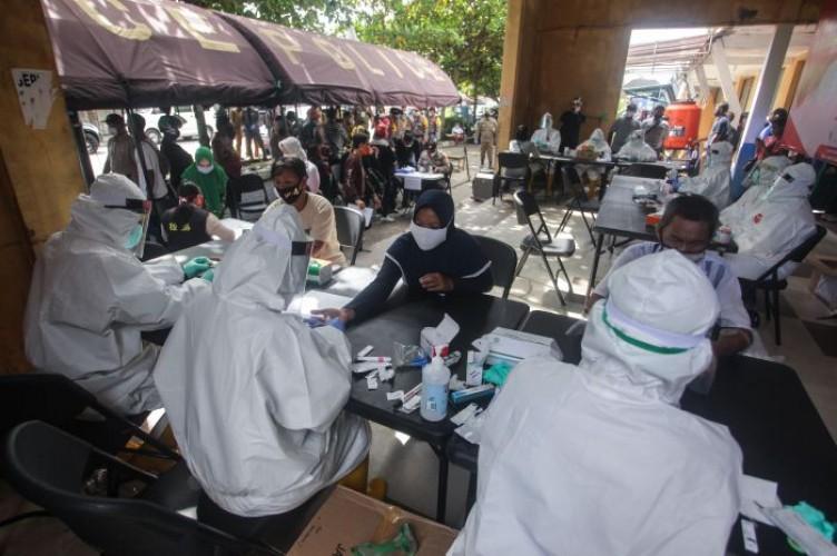 Terapkan Protokol Kesehatan di Area Pasar
