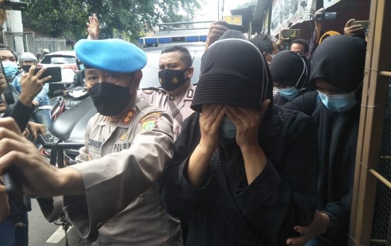 Terduga Teroris di Jaktim Melawan saat Ditangkap