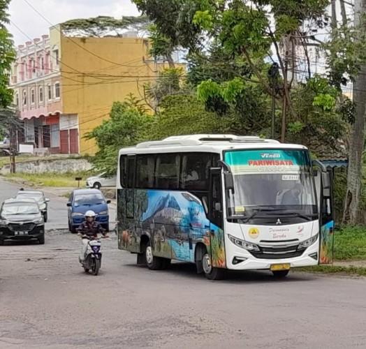 Terminal Rajabasa Bandar Lampung Masih Lengang
