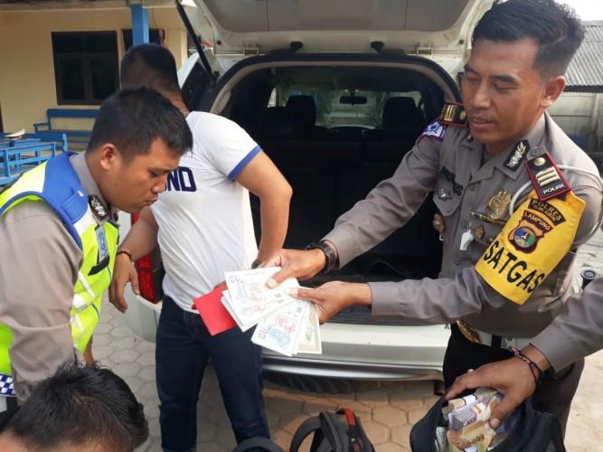 Tertangkap Operasi Zebra, Uang Dolar dan Emas Kepingan Diamankan dari Pencuri