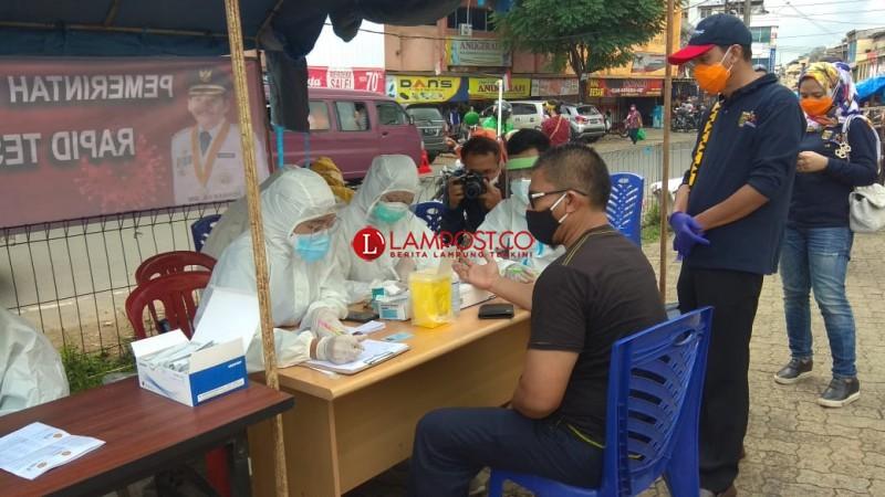Tes Rapid di Terminal Kemiling dan Pasar Bambu Kuning Temukan Warga Reaktif Covid-19