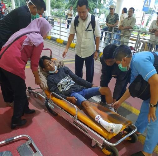 Tiba di Bandara, PMI yang Kecelakaan di Malaysia Dijemput Pakai Ambulans oleh BPJamsostek Bandar Lampung
