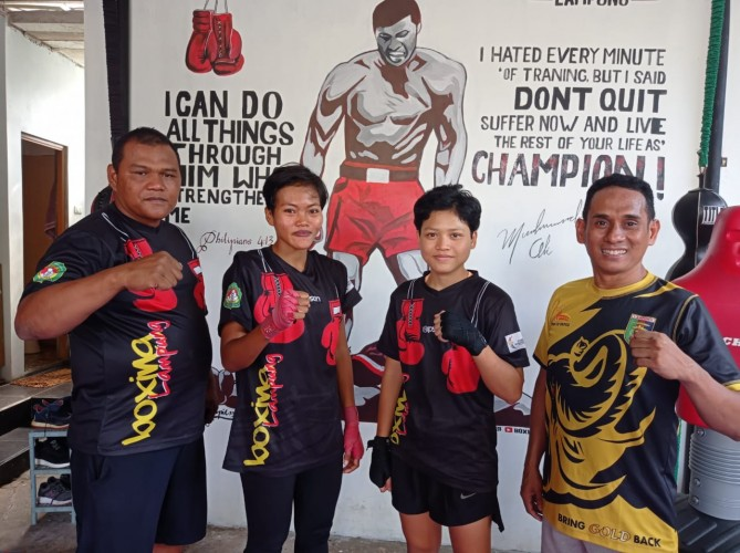 Tiga Atlet Tinju Pertina Lampung Tetap Berlatih di Masa Pandemi