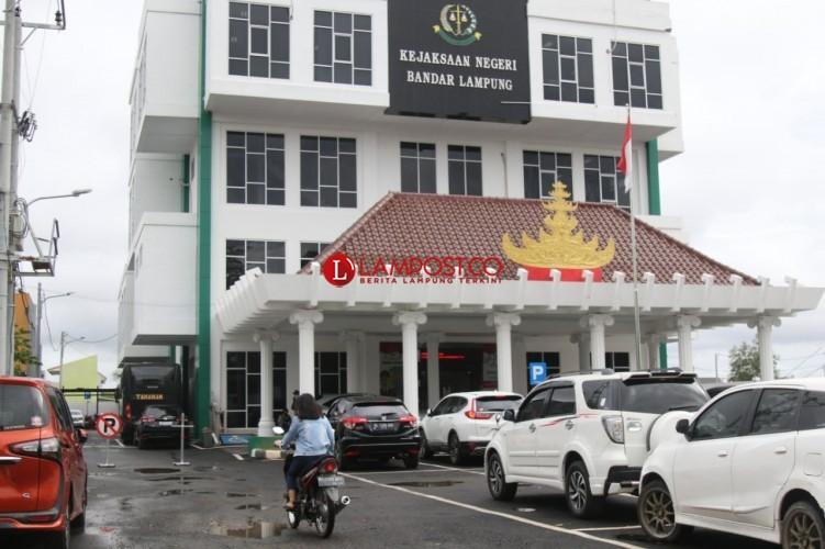 Tiga Kasi Positif Covid-19, Kejari Bandar Lampung WFH