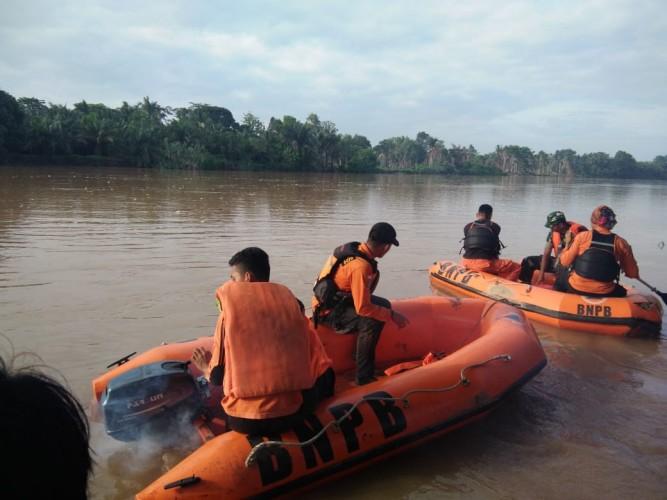 Perahu Karam di Sungai Kartajaya, Tiga Orang Tenggelam