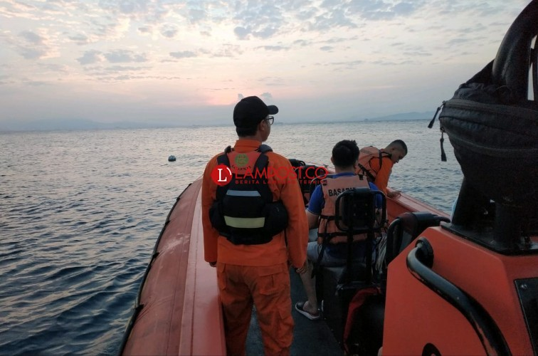 Tiga WNA Hilang Terbawa Arus di Pulau Sangiang