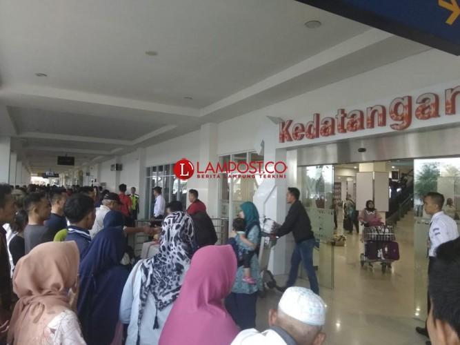 Tiket Pesawat Naik, Penumpang di Lampung Tetap Padat