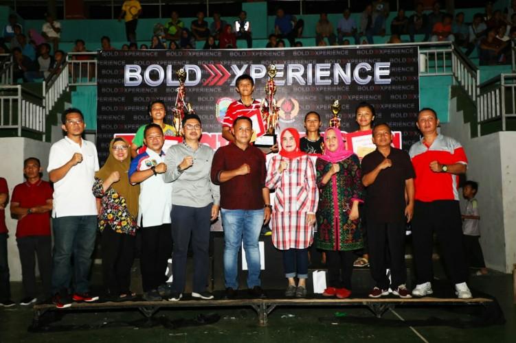Tim Bola Voli Putra Kecamatan Candipuro Raih Juara 1