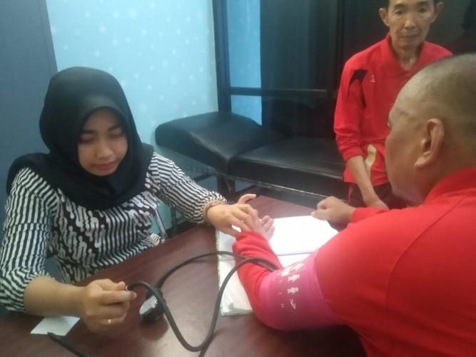 Tim Kesehatan Layani Pengunjung Sidang di PN Tanjungkarang