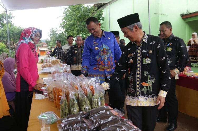 Tim Penilai Lomba Desa Provinsi Kunjungi Desa dan Kelurahan di Pringsewu