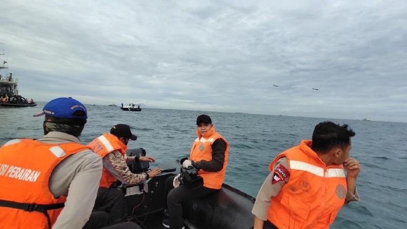 Tim SAR Persempit Area Pencarian CVR Sriwijaya Air SJ182