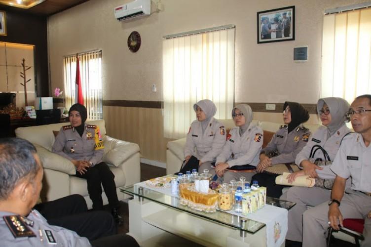 Tim Sekretariat Umum Mabes Polri Kunjungi Polres Metro