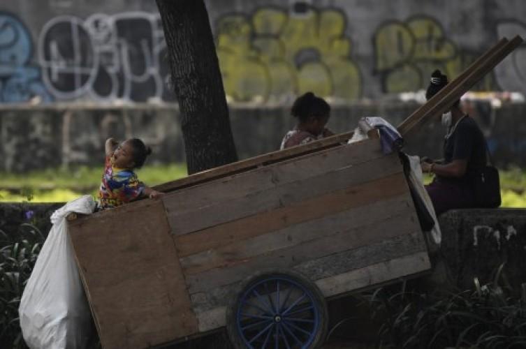 Tingkat Kemiskinan Diprediksi Melonjak 3 Persen